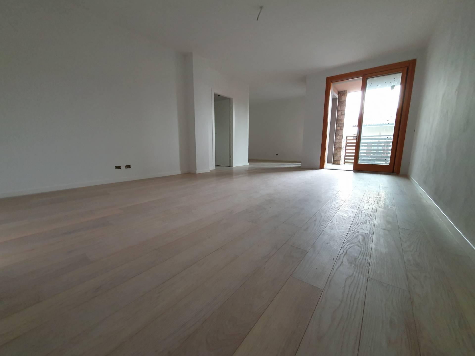 Appartamento in vendita a Scanzorosciate, 4 locali, prezzo € 295.000 | PortaleAgenzieImmobiliari.it