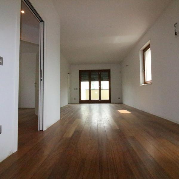 Appartamento in vendita a Gallarate, 3 locali, prezzo € 320.000 | PortaleAgenzieImmobiliari.it