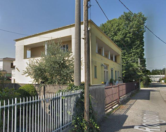 Laboratorio in vendita a Gallarate, 9999 locali, prezzo € 640.000   PortaleAgenzieImmobiliari.it