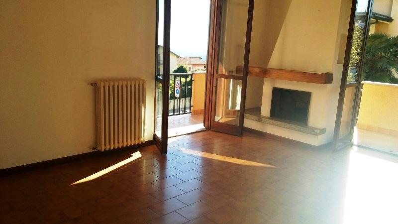 Appartamento in vendita a Massino Visconti, 3 locali, prezzo € 105.000 | PortaleAgenzieImmobiliari.it