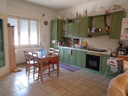 Appartamento in vendita a Macerata, 3 locali, zona Zona: Semicentrale, prezzo € 110.000 | CambioCasa.it