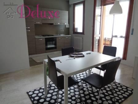 Appartamento in affitto a Macerata, 3 locali, zona Località: Centrostorico, prezzo € 650 | CambioCasa.it