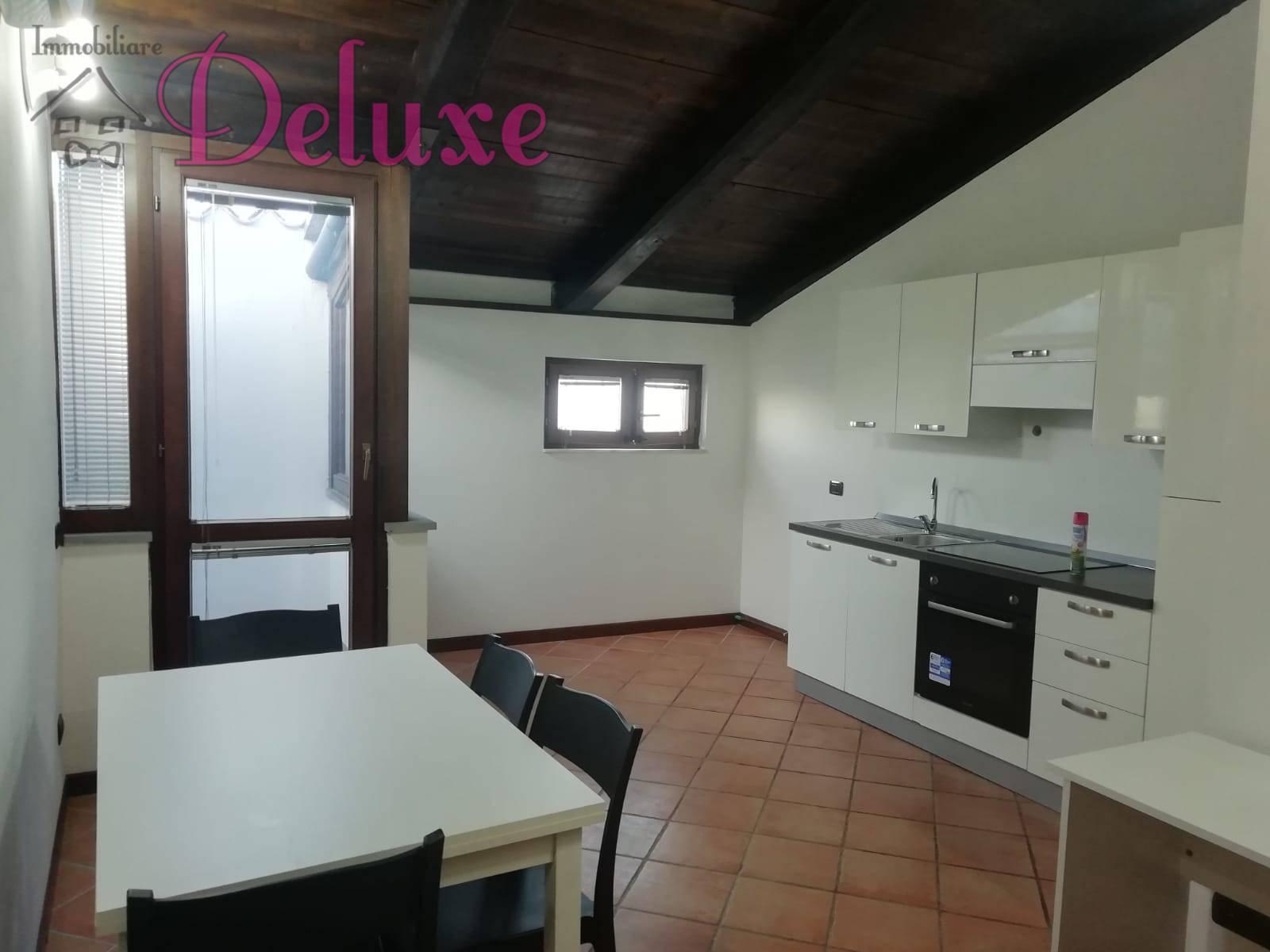 Appartamento in affitto a Macerata, 2 locali, zona Località: Centrostorico, prezzo € 450 | CambioCasa.it