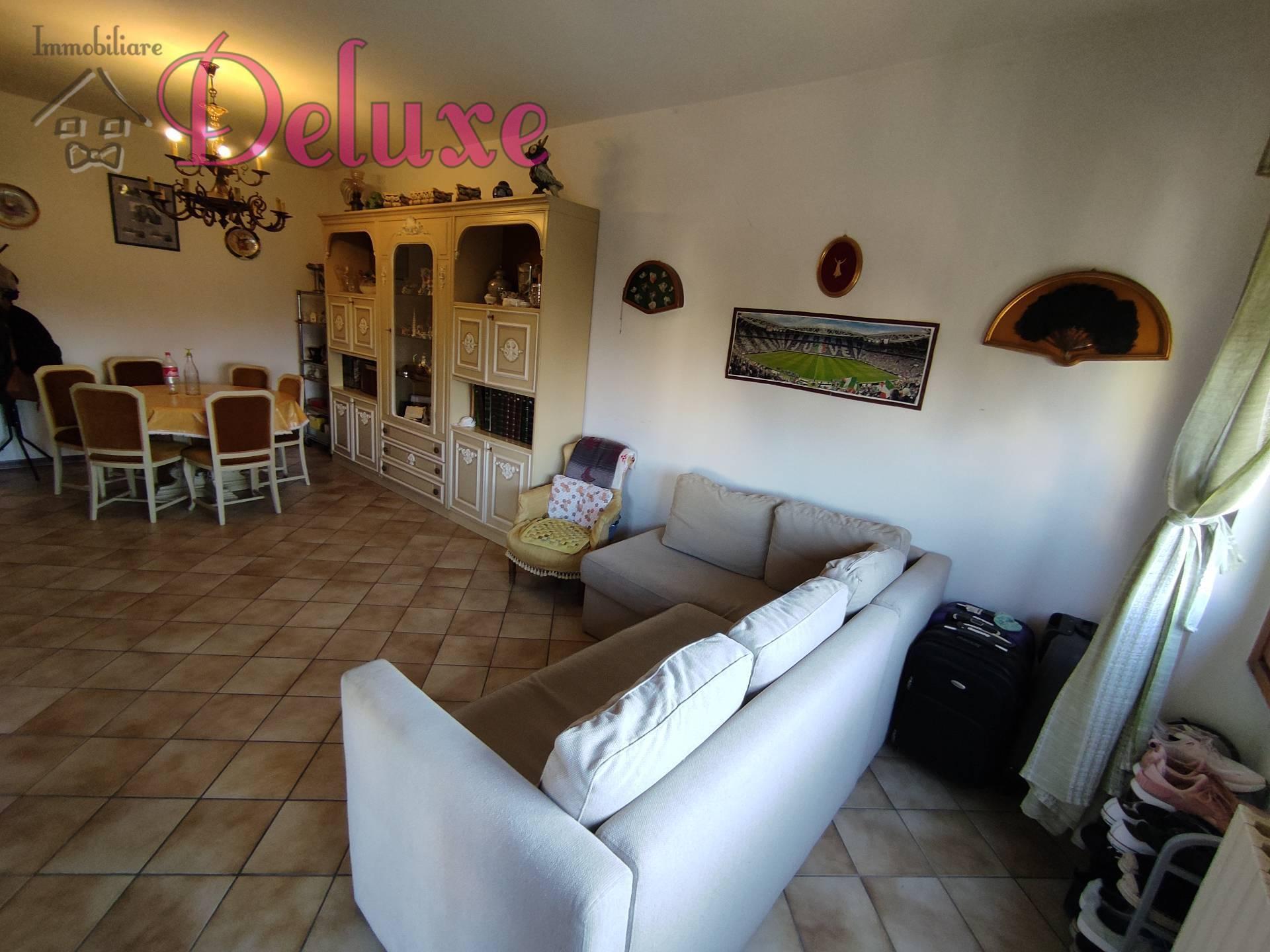 Appartamento in vendita a Macerata, 4 locali, zona Zona: Semicentrale, prezzo € 120.000   CambioCasa.it