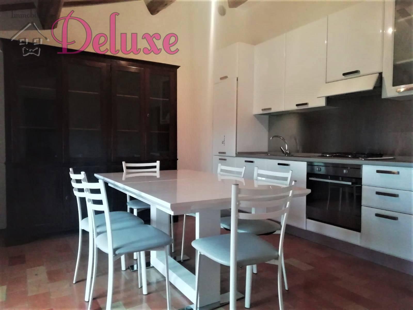 Appartamento in affitto a Macerata, 3 locali, zona Zona: Semicentrale, prezzo € 450 | CambioCasa.it