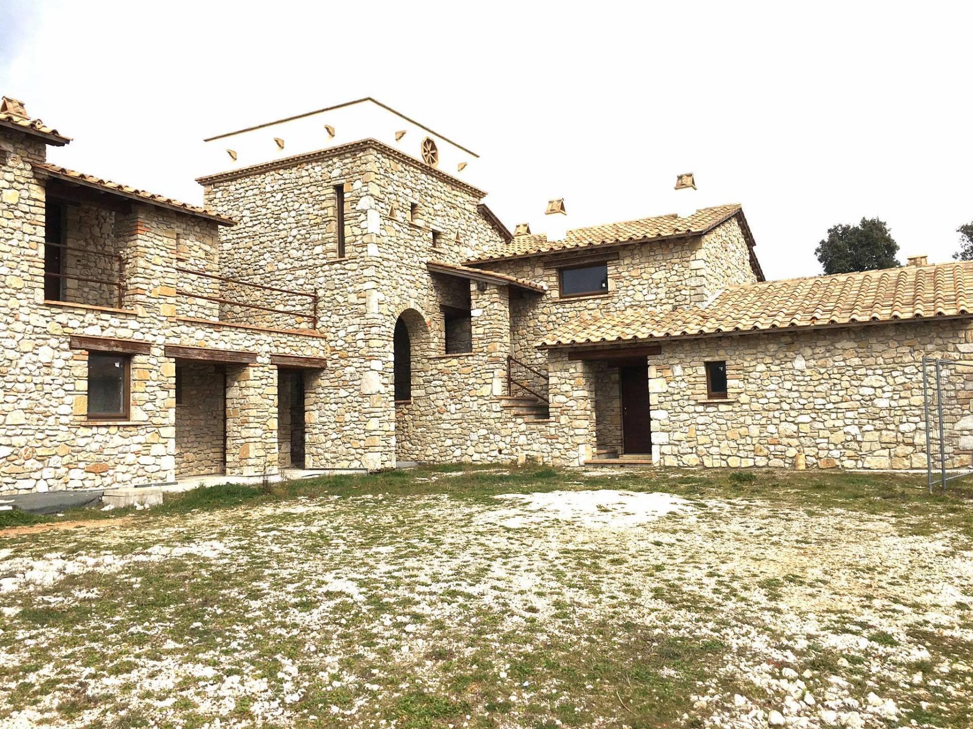 Agriturismo in vendita a Amelia, 28 locali, prezzo € 2.800.000 | CambioCasa.it