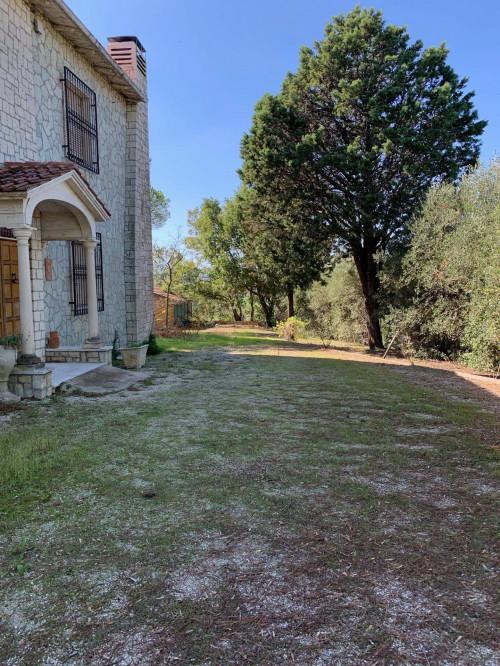 Villa in Vendita a Jesi