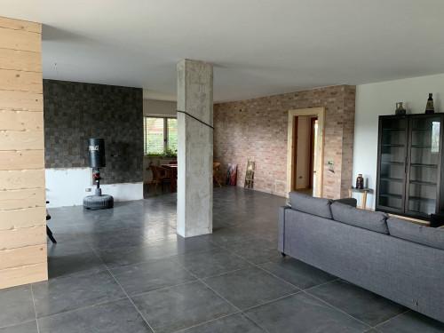 Villa in Vendita a Monte Roberto