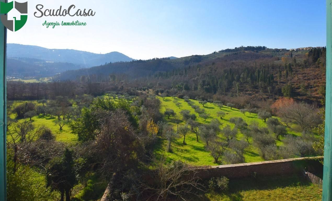 Villa a Schiera in vendita a Fiesole, 8 locali, zona Zona: Caldine, prezzo € 595.000 | CambioCasa.it