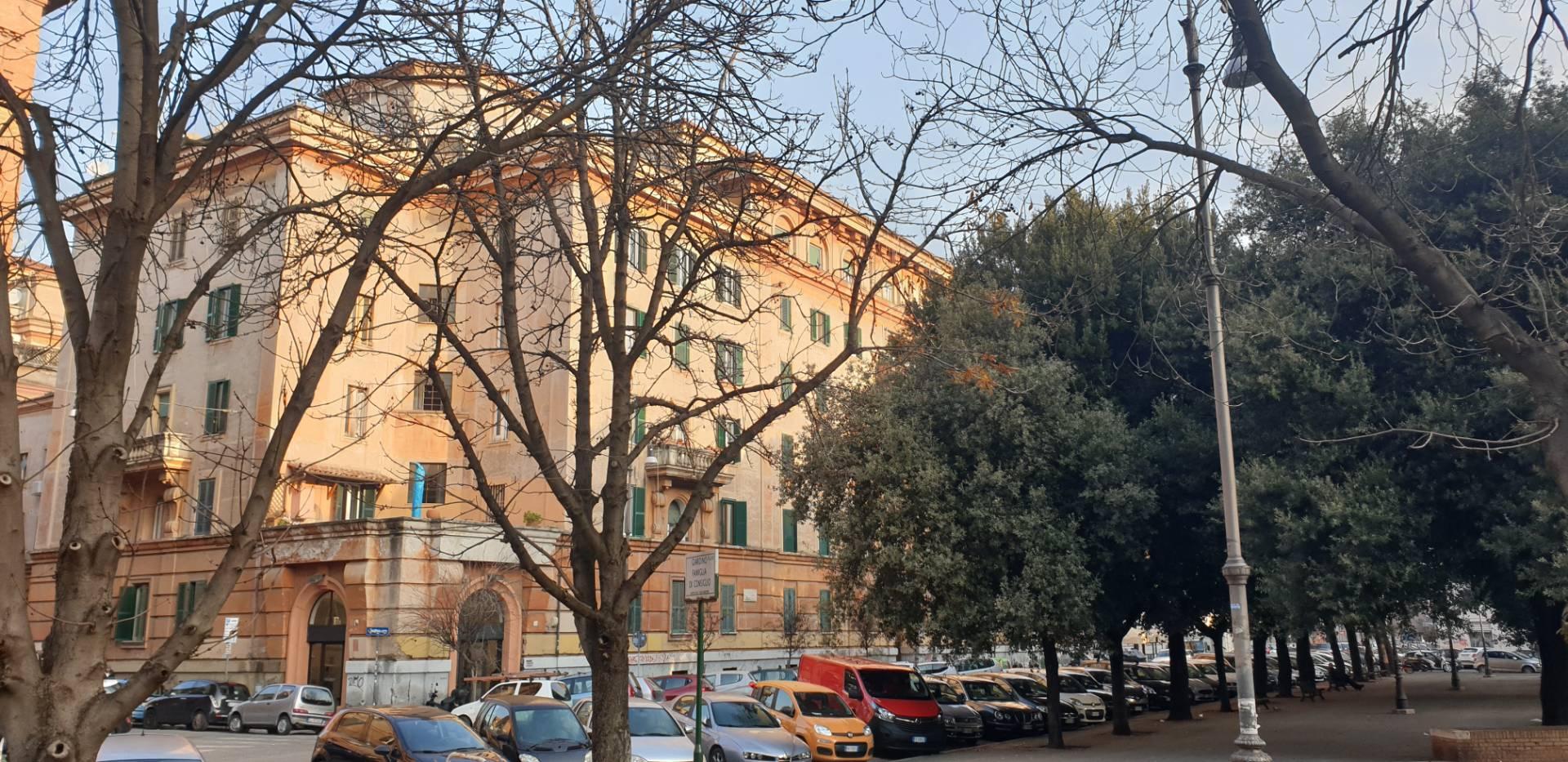 APPARTAMENTO in Vendita a Testaccio, Roma (ROMA)