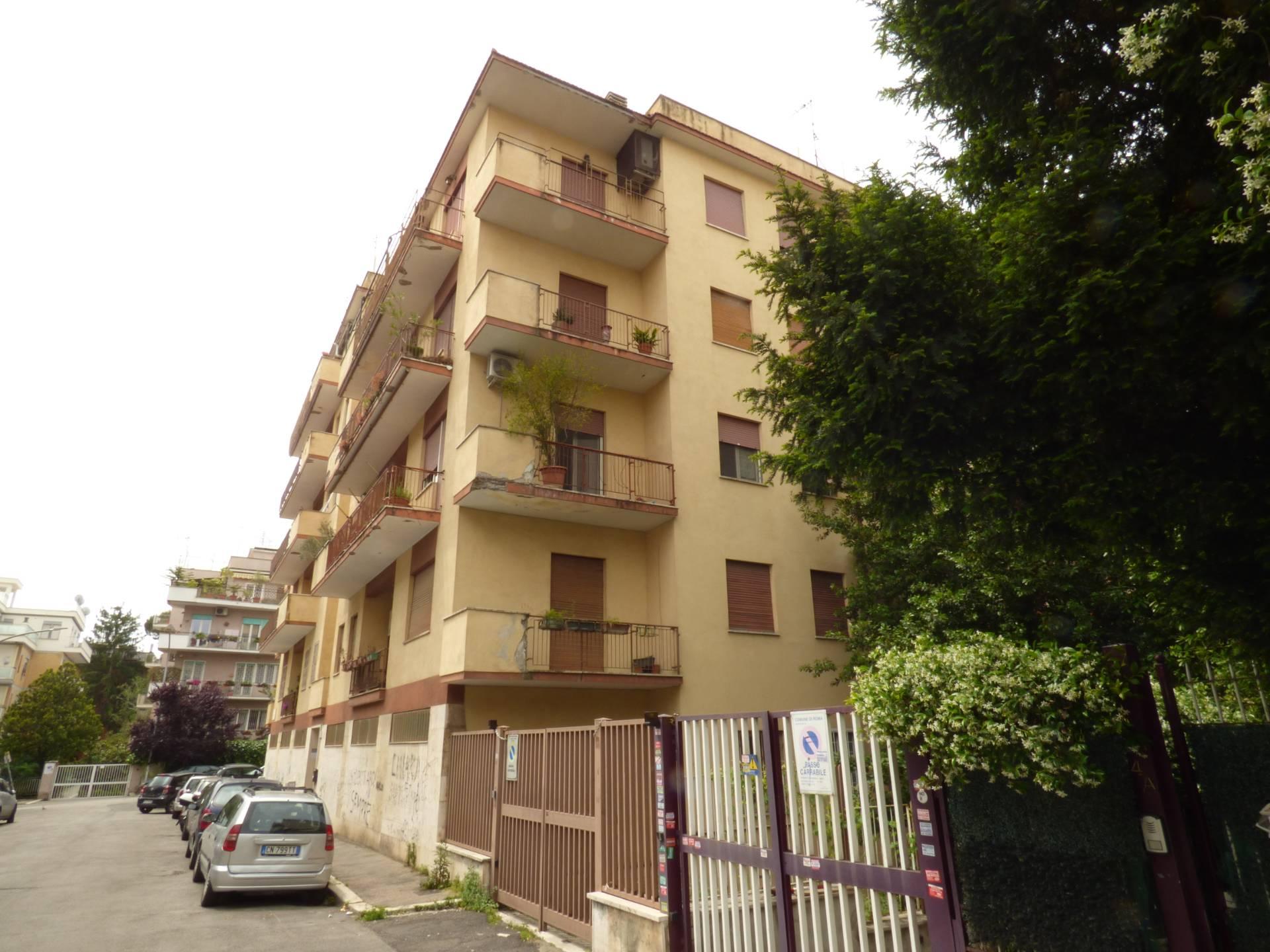 APPARTAMENTO in Vendita a Monteverde, Roma (ROMA)