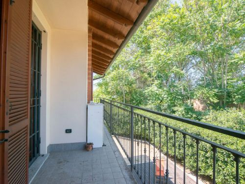 Appartamento in vendita a Torre d'Isola, 5 locali, prezzo € 159.000 | CambioCasa.it