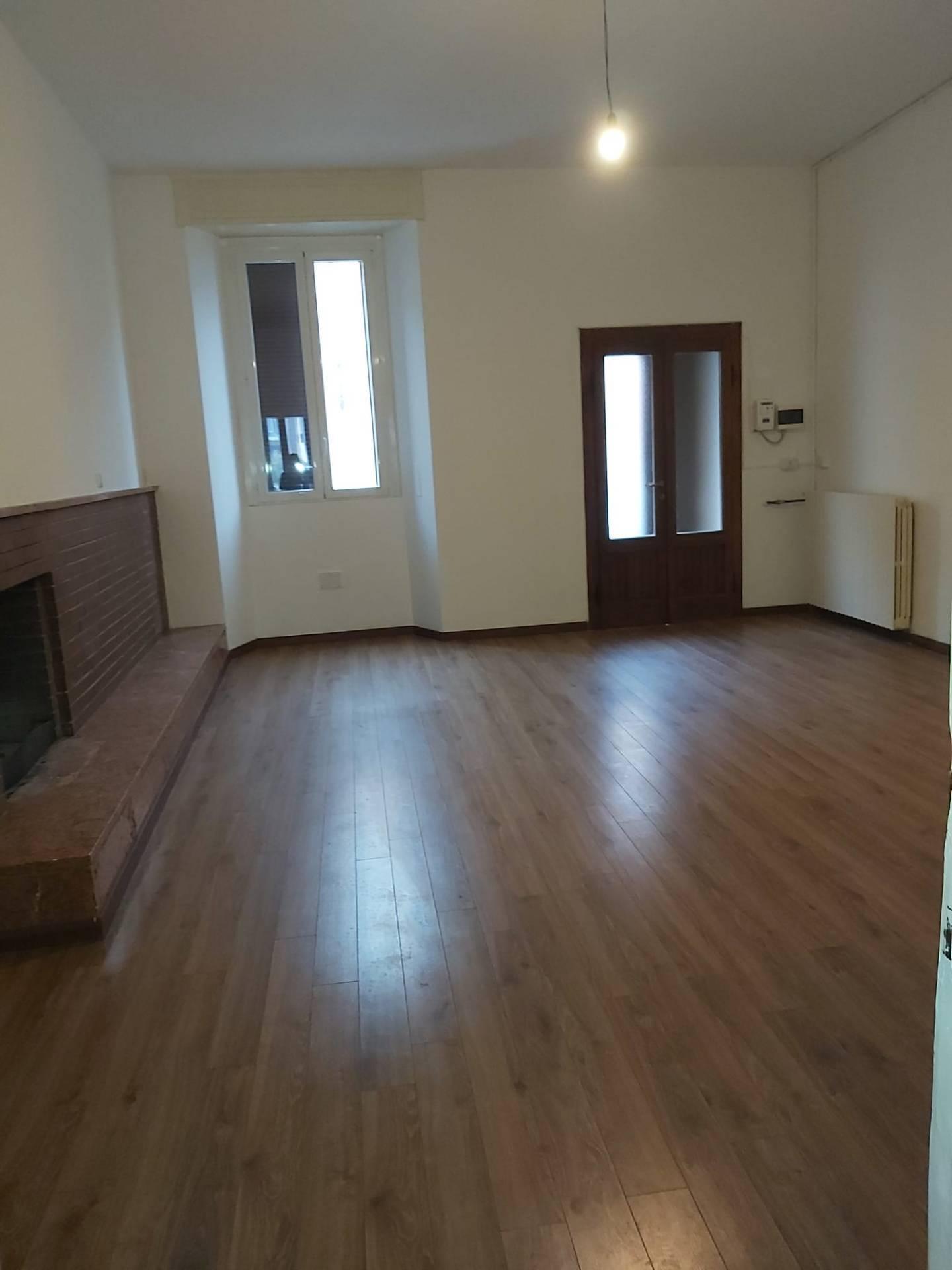 Appartamento in affitto a Albairate, 3 locali, prezzo € 750 | CambioCasa.it