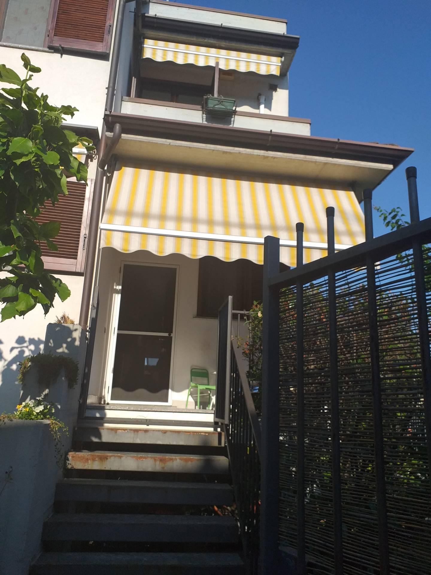 Villa in affitto a Binasco, 4 locali, prezzo € 1.200 | CambioCasa.it