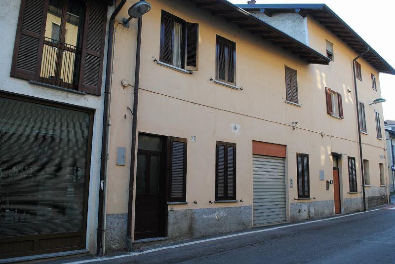 Appartamento in vendita a Vimercate, 3 locali, zona Zona: Ruginello, prezzo € 99.000 | CambioCasa.it