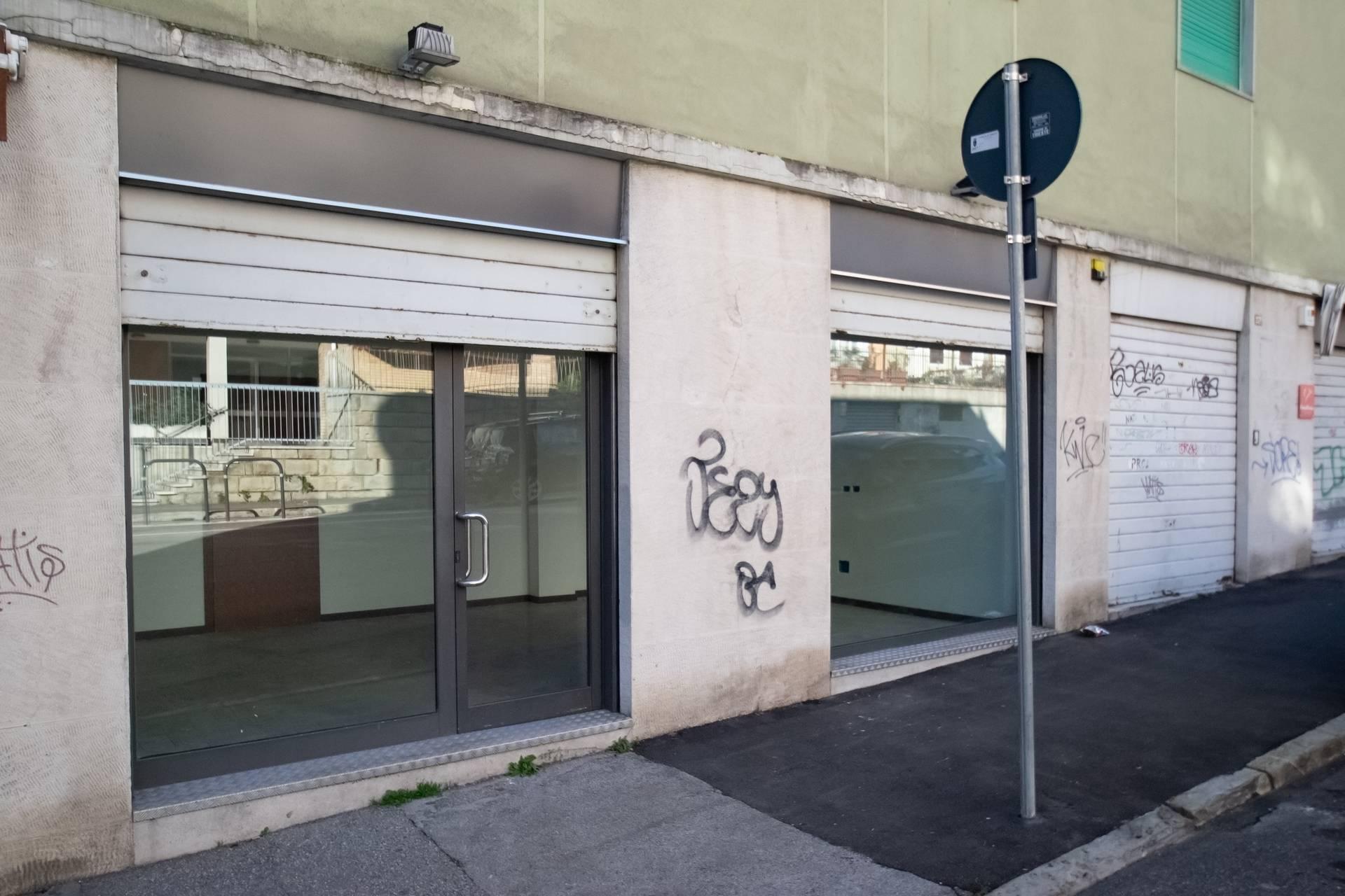 Fondo commerciale in vendita a Trieste (TS)