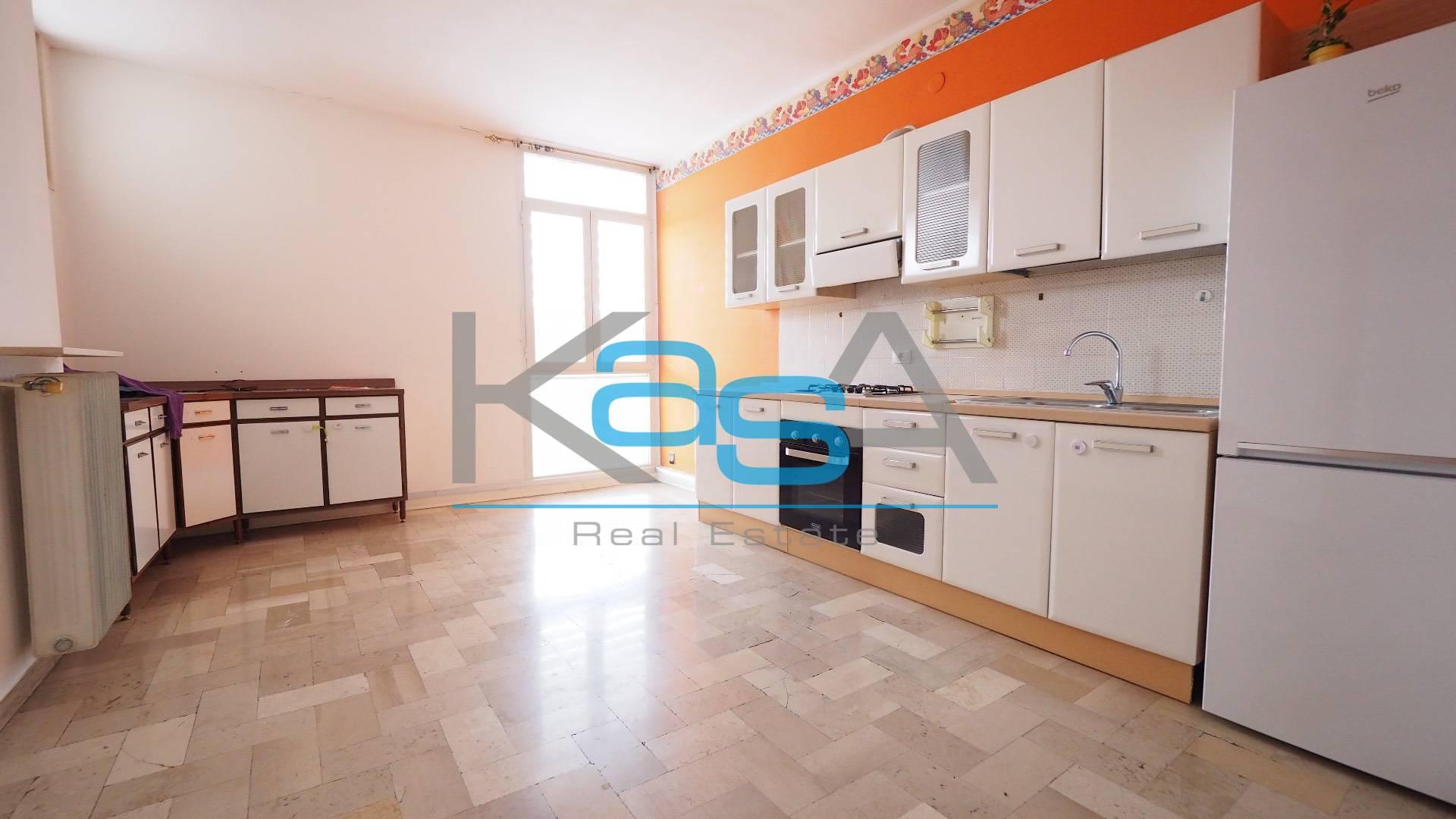 Appartamento in vendita a San Donà di Piave, 6 locali, prezzo € 150.000 | CambioCasa.it