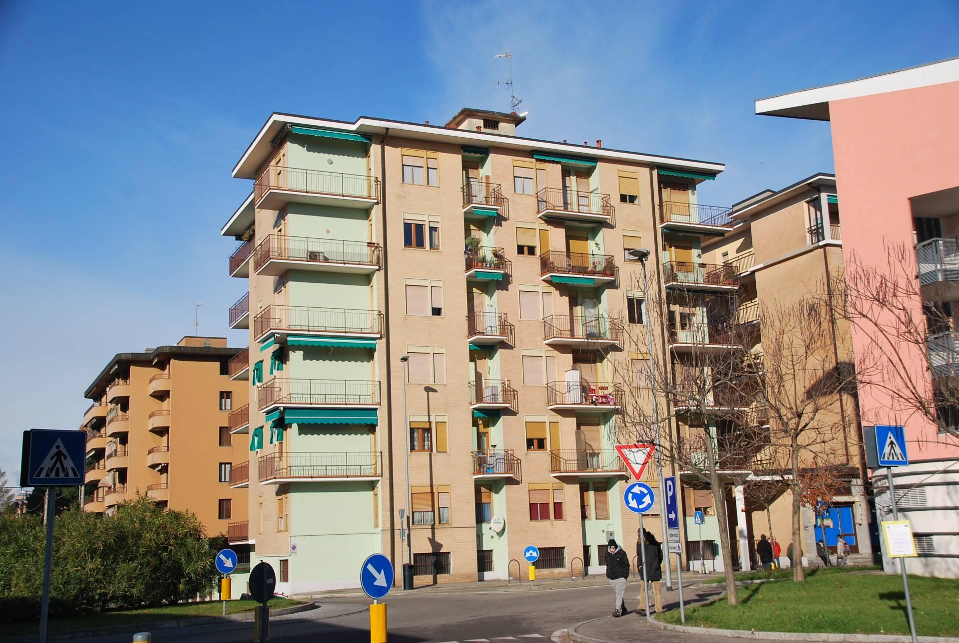 Appartamento in vendita a Laveno-Mombello, 2 locali, prezzo € 70.000 | CambioCasa.it