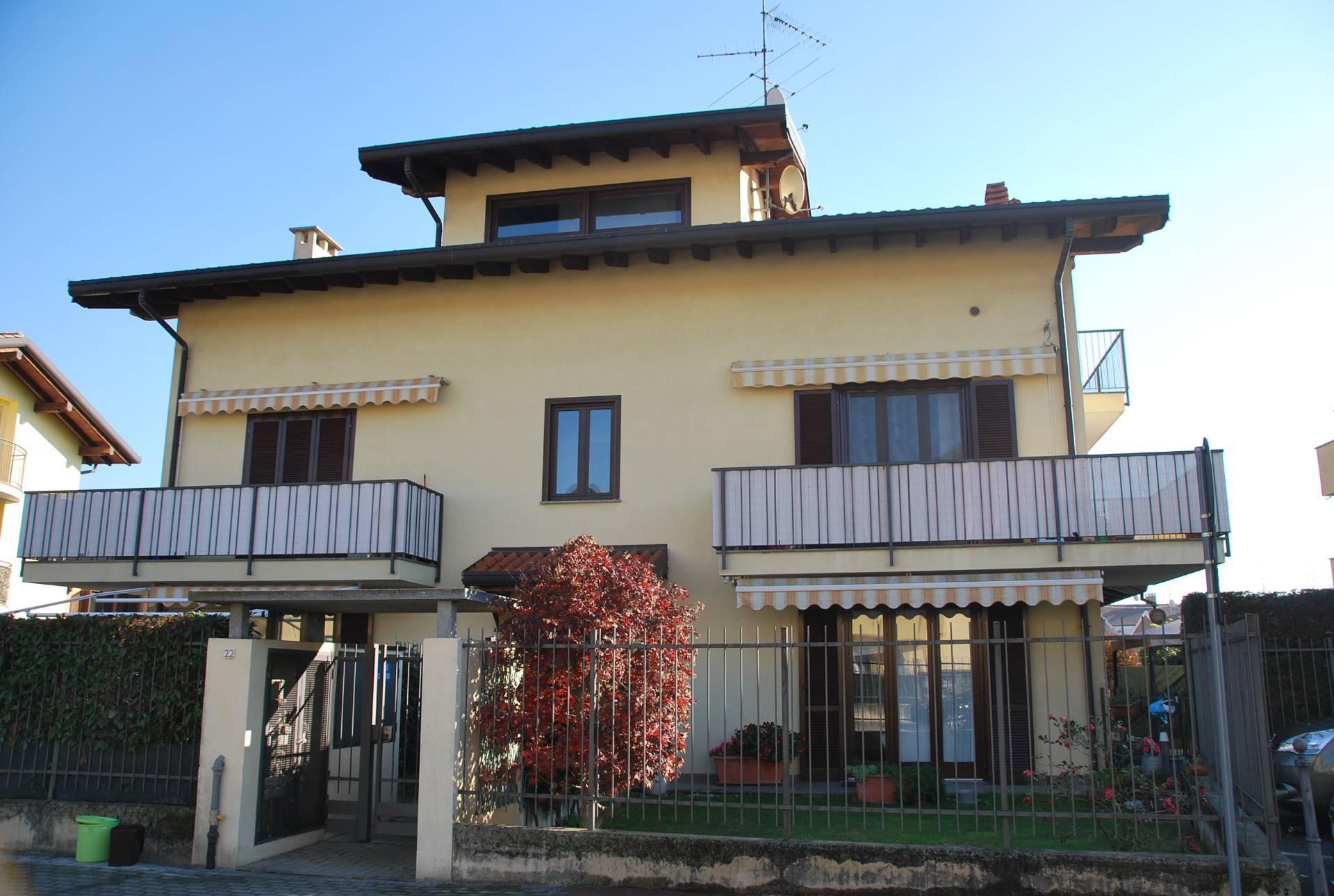Appartamento in vendita a Cardano al Campo, 2 locali, prezzo € 110.000 | PortaleAgenzieImmobiliari.it