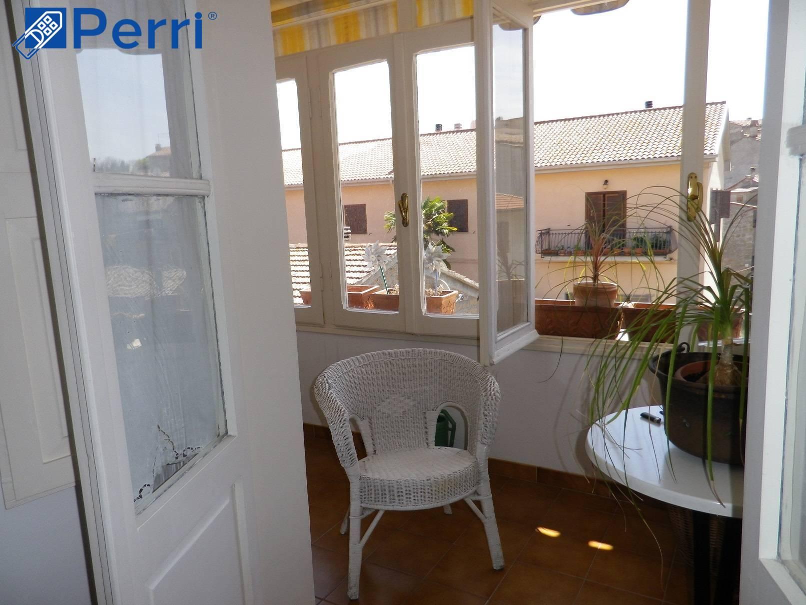 Appartamento in vendita a Gradoli, 4 locali, prezzo € 75.000   CambioCasa.it