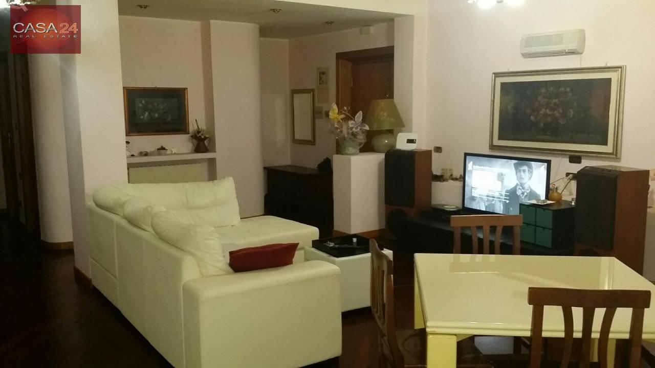 vendita appartamento latina r1 zona tribunale  200000 euro  5 locali  110 mq