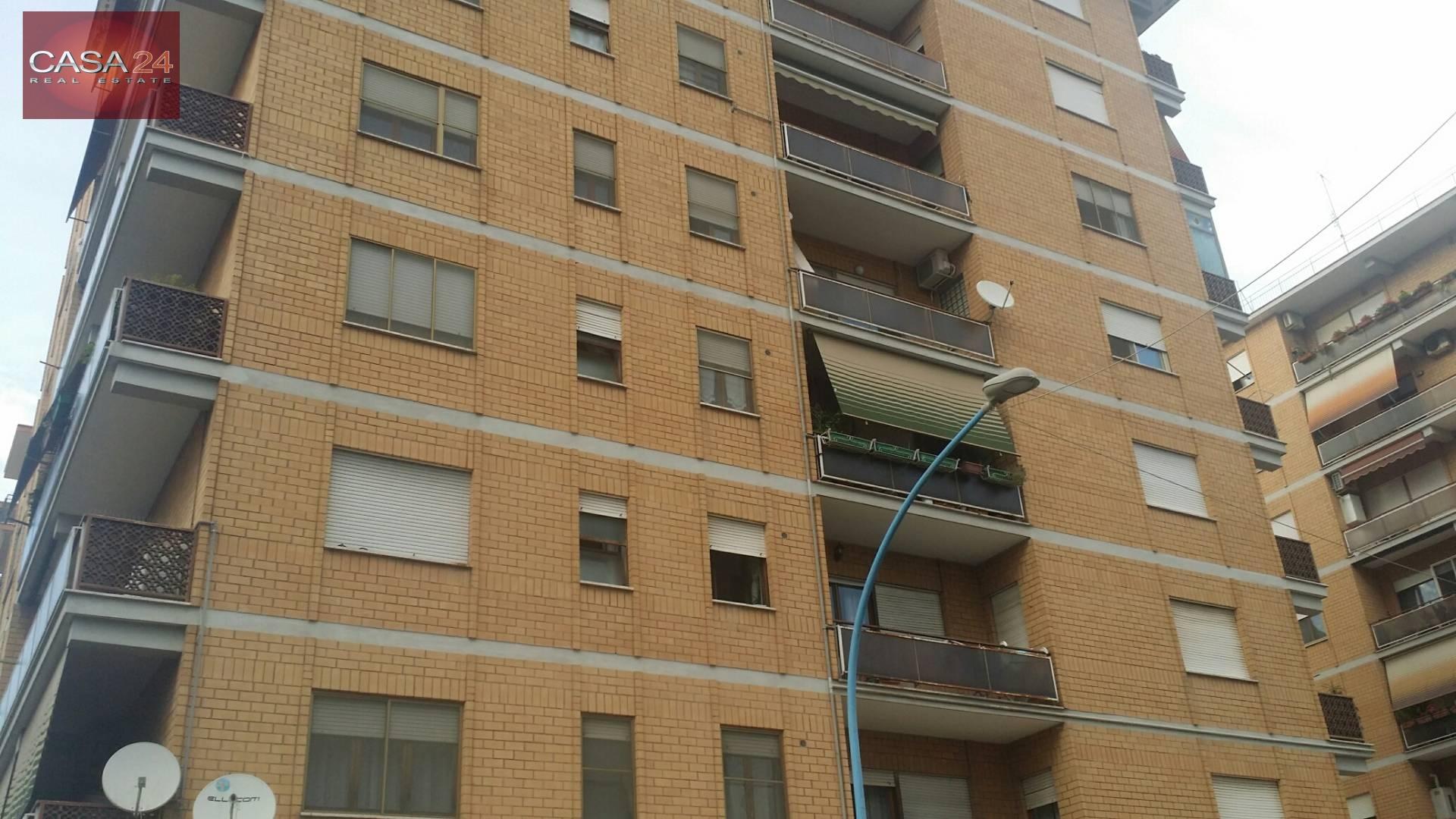 vendita appartamento latina r6 zona via isonzo  165000 euro  4 locali  100 mq
