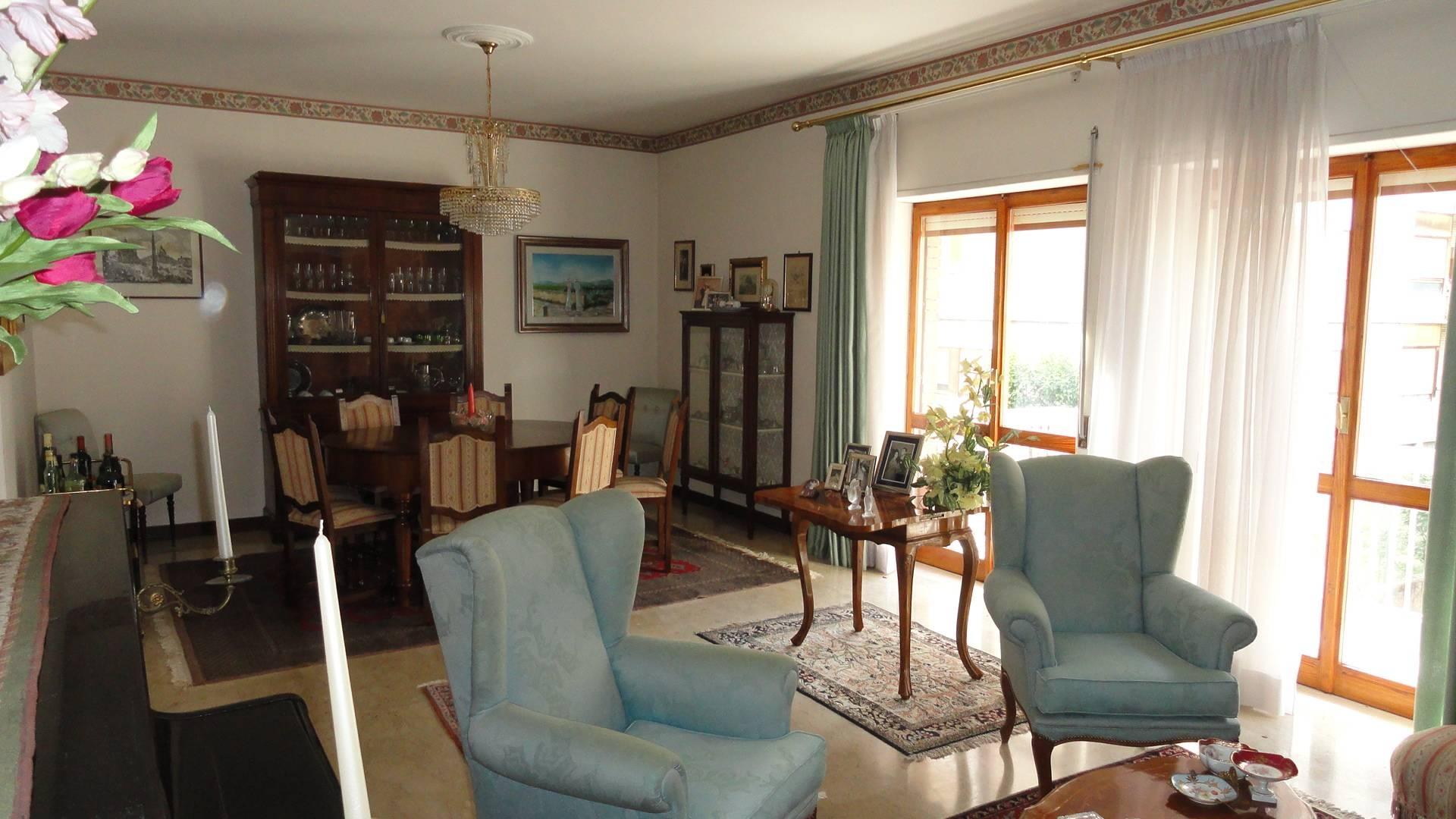Appartamento, 145 Mq, Vendita - Teramo (Teramo)