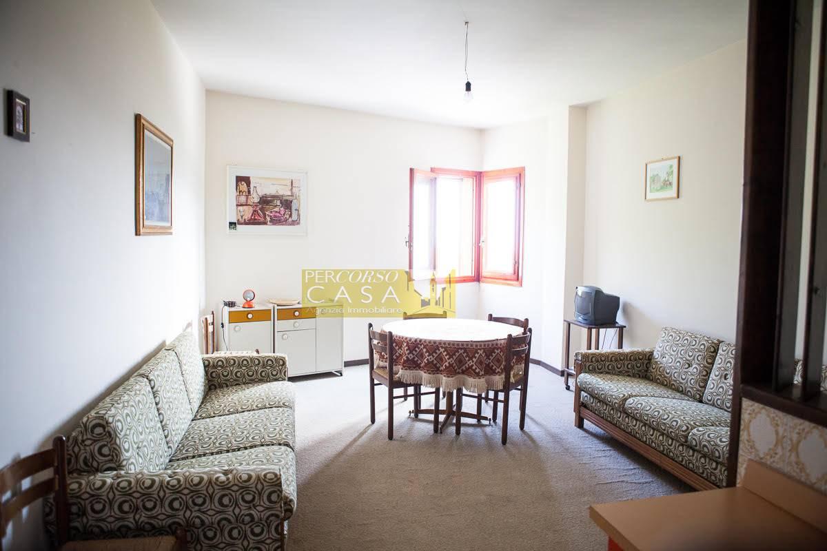 Appartamento in vendita a Pietracamela, 3 locali, zona Località: PratidiTivo, prezzo € 60.000 | PortaleAgenzieImmobiliari.it