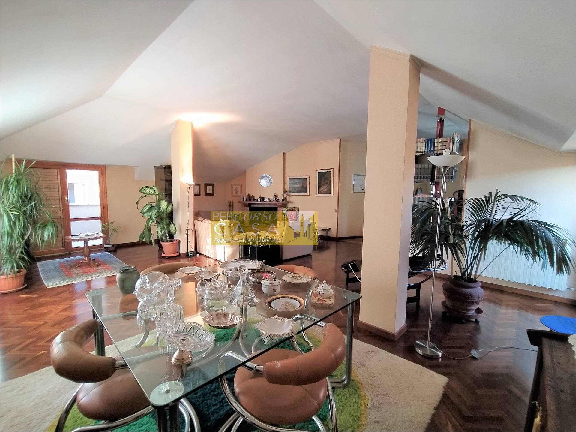 Appartamento in vendita a Teramo, 8 locali, zona centro, prezzo € 159.000 | PortaleAgenzieImmobiliari.it