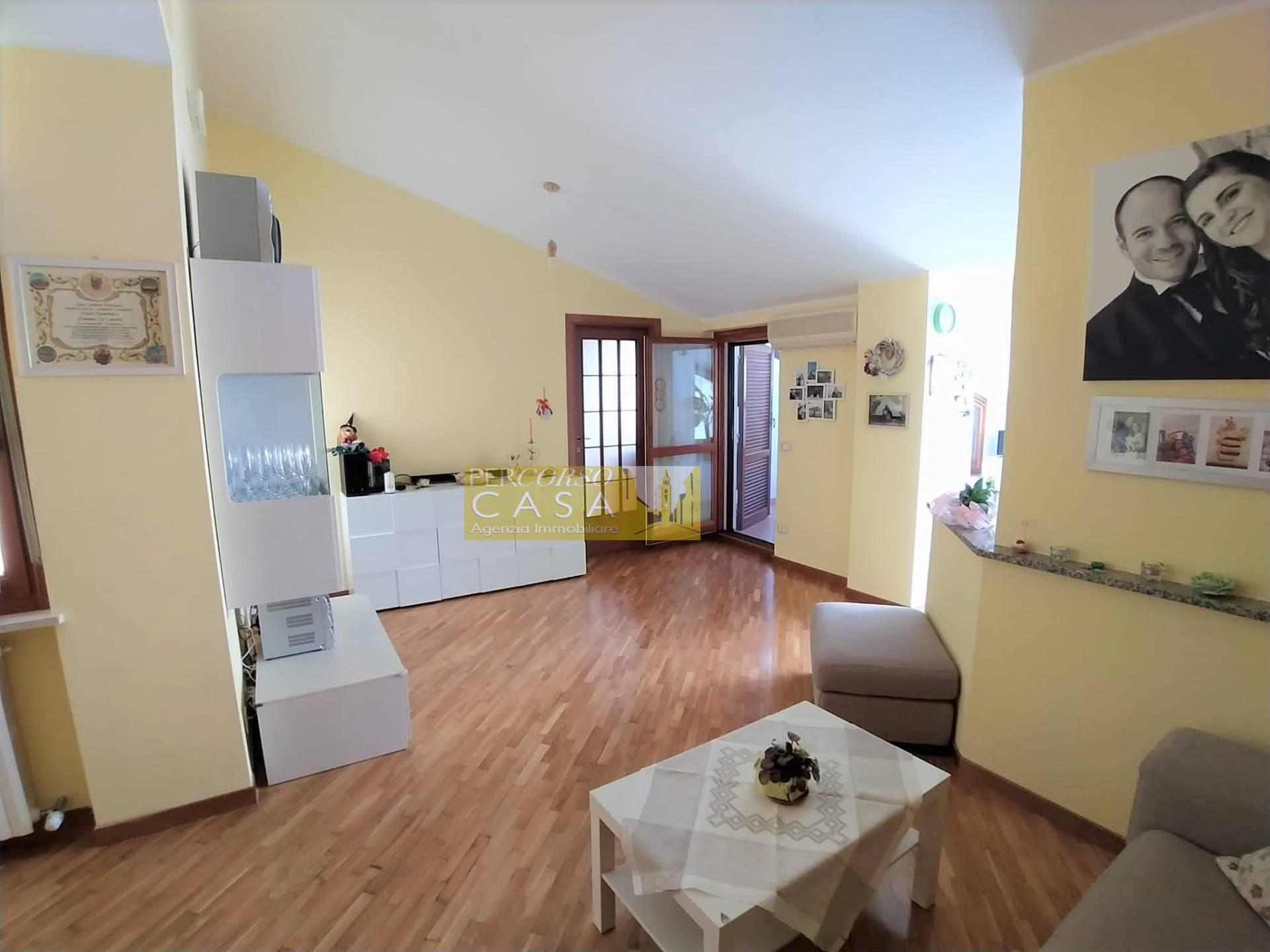 Appartamento in vendita a Teramo, 4 locali, zona Località: ViaCona, prezzo € 79.000   PortaleAgenzieImmobiliari.it