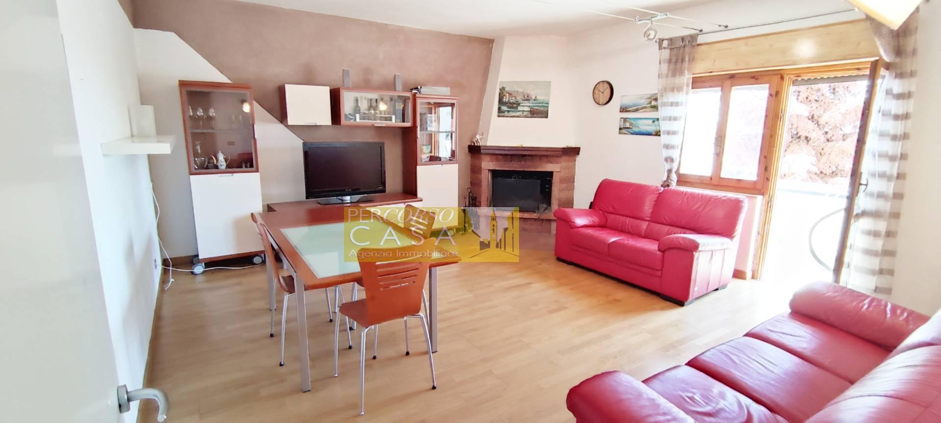 Appartamento in vendita a Teramo, 5 locali, zona Località: ZonaCastello, prezzo € 150.000 | PortaleAgenzieImmobiliari.it
