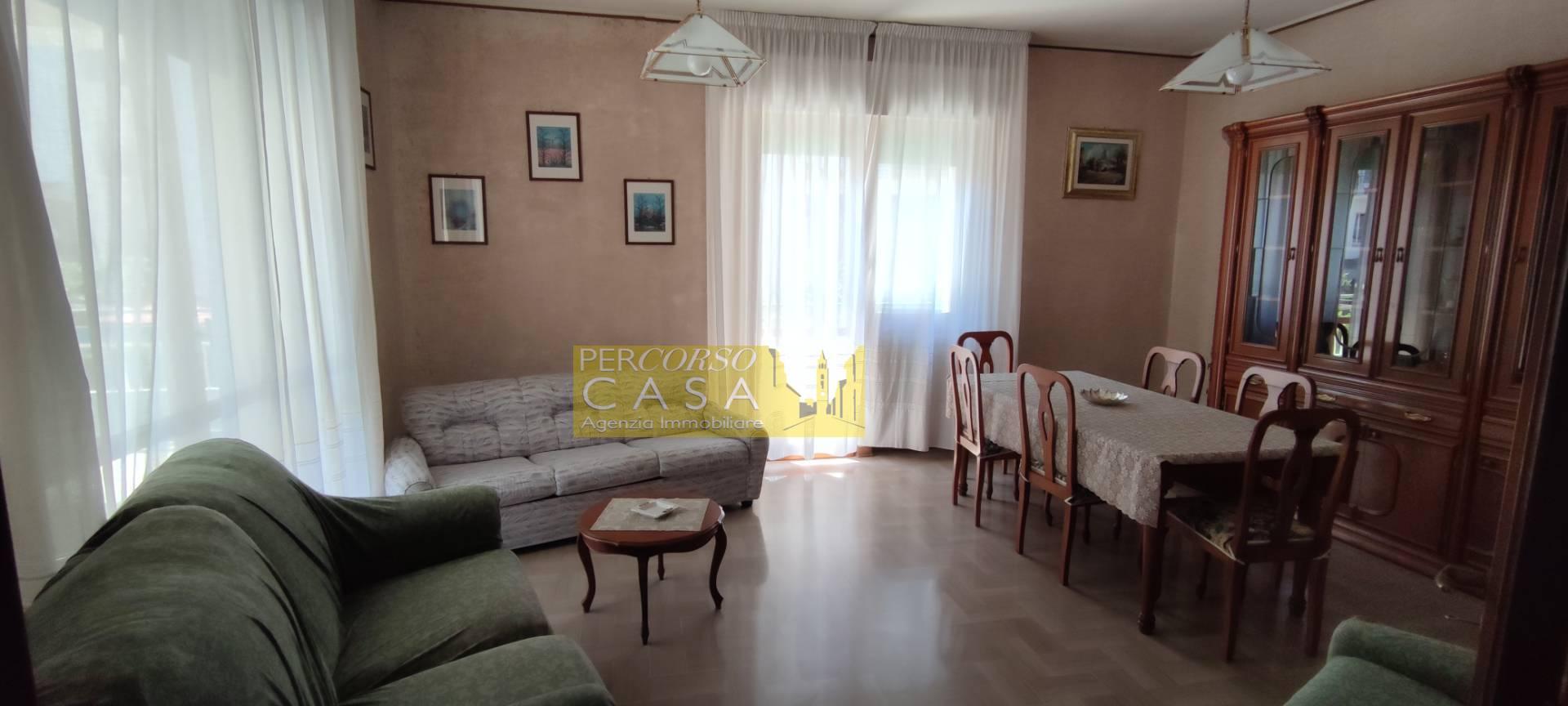 Appartamento in vendita a Teramo, 7 locali, zona ro, prezzo € 79.000 | PortaleAgenzieImmobiliari.it