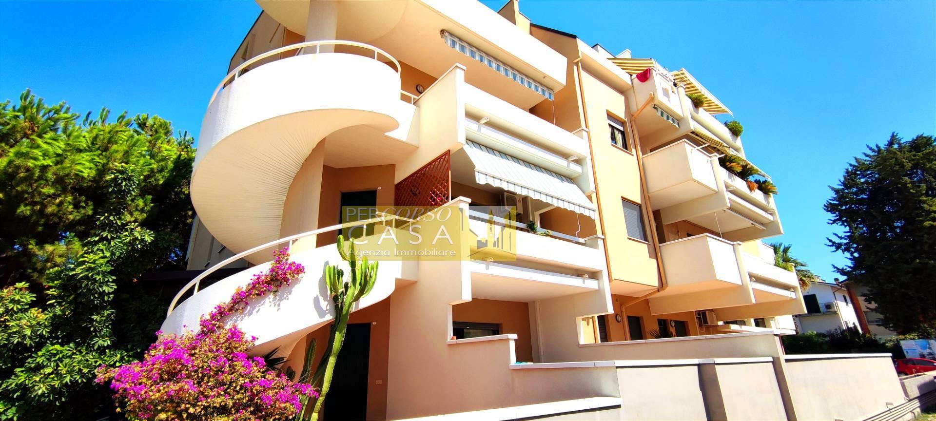 Appartamento in vendita a Tortoreto, 4 locali, zona Località: TortoretoLido, prezzo € 115.000 | PortaleAgenzieImmobiliari.it