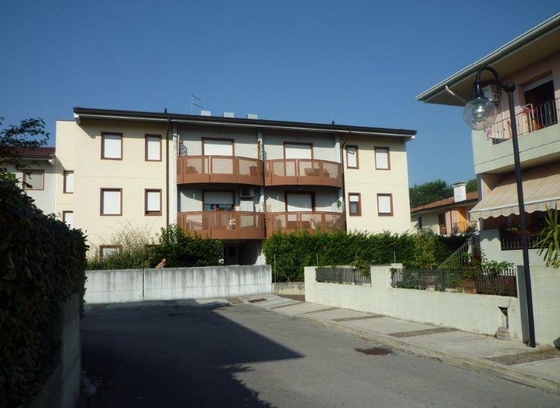 Appartamento in vendita a Fogliano Redipuglia, 5 locali, zona iano, prezzo € 125.000 | PortaleAgenzieImmobiliari.it