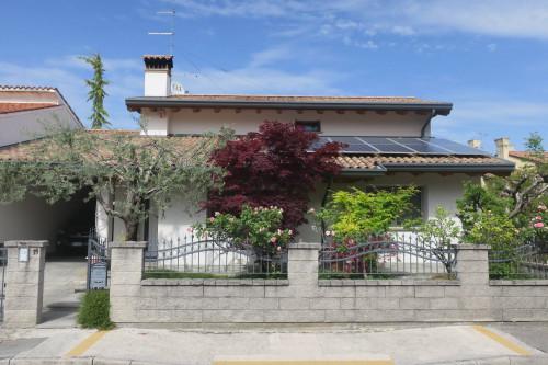 Casa accostata in Vendita a Staranzano