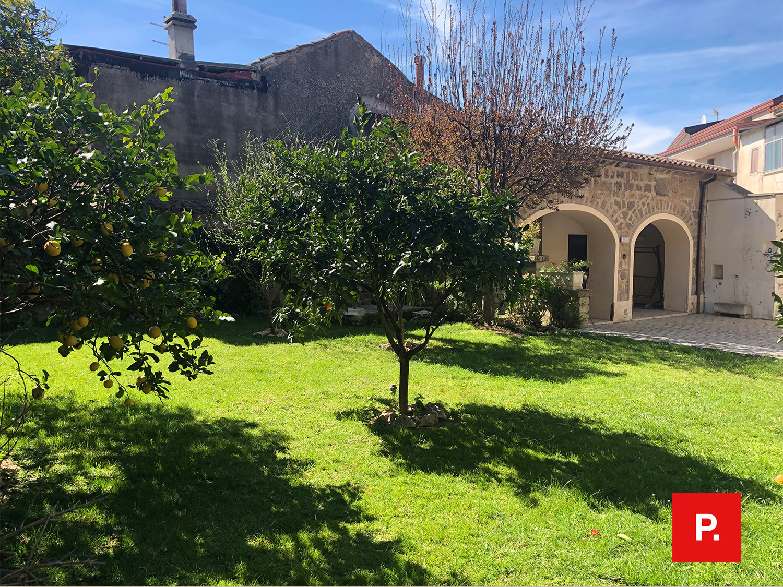 Casa indipendente in vendita a Casolla, Caserta (CE)