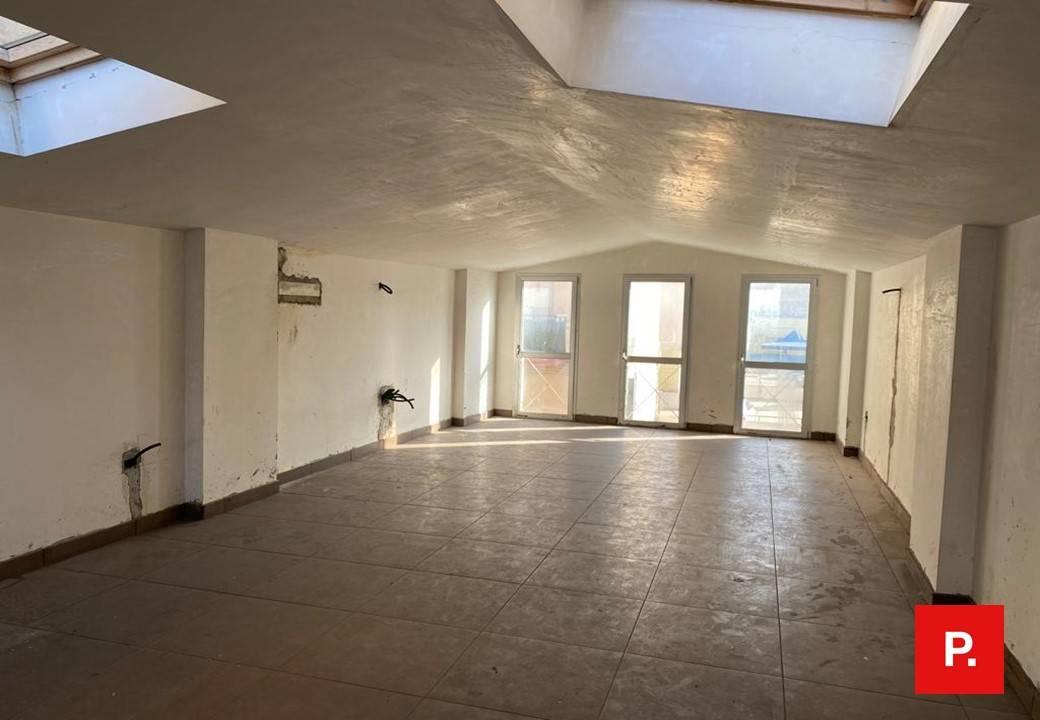 Fondo commerciale in affitto a Caserta (CE)