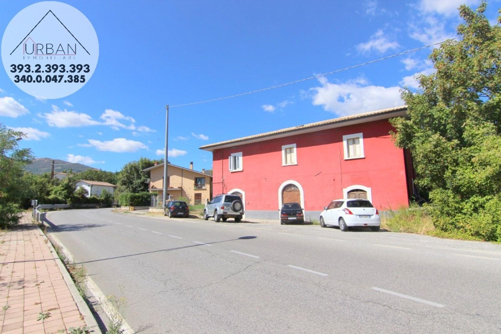L'Aquila (AQ) - Strada Provinciale