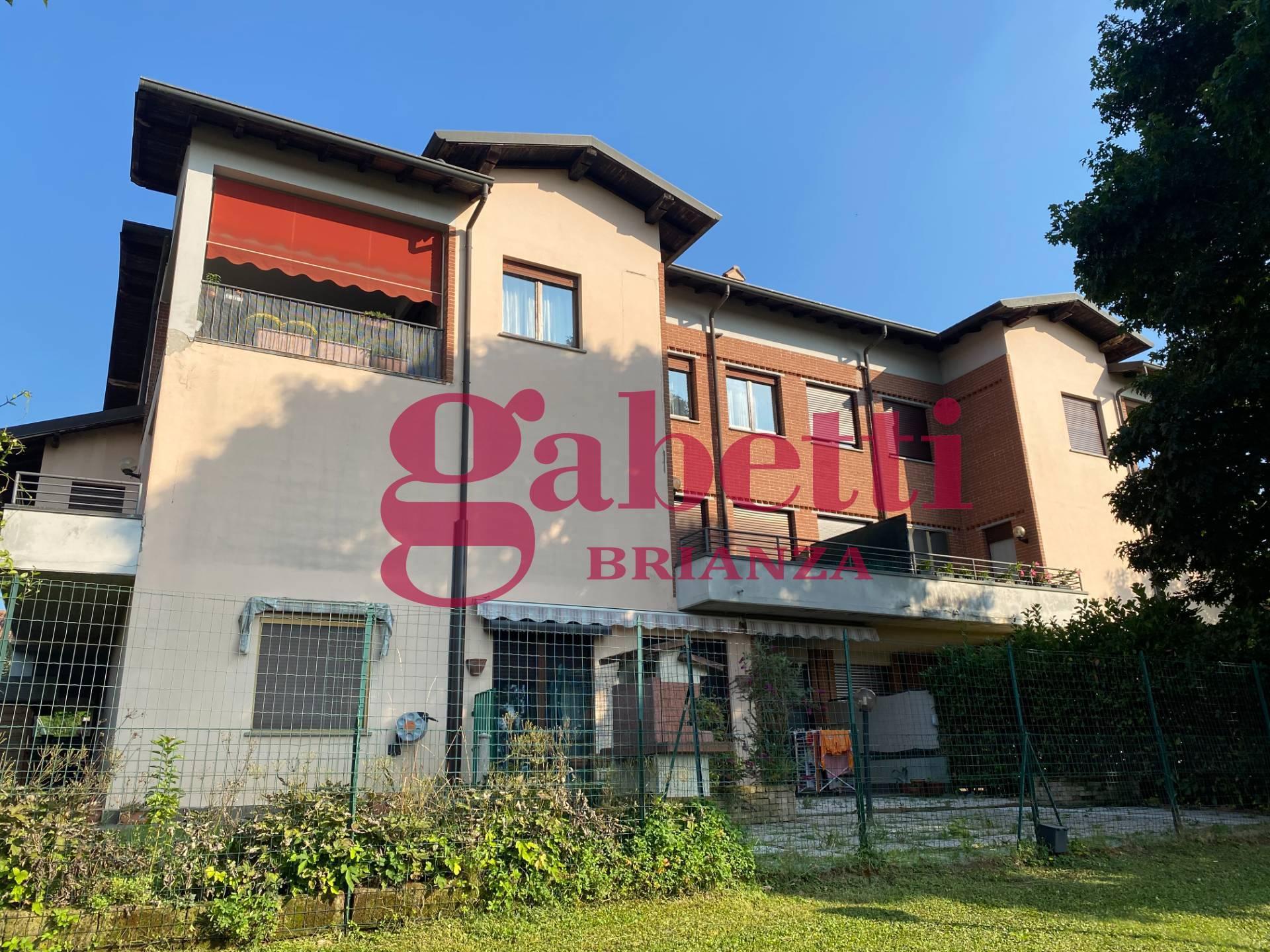 Appartamento in vendita a Lesmo, 5 locali, zona fornia, prezzo € 395.000 | PortaleAgenzieImmobiliari.it