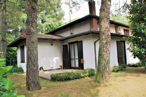 Villa singola in Vendita a Camparada