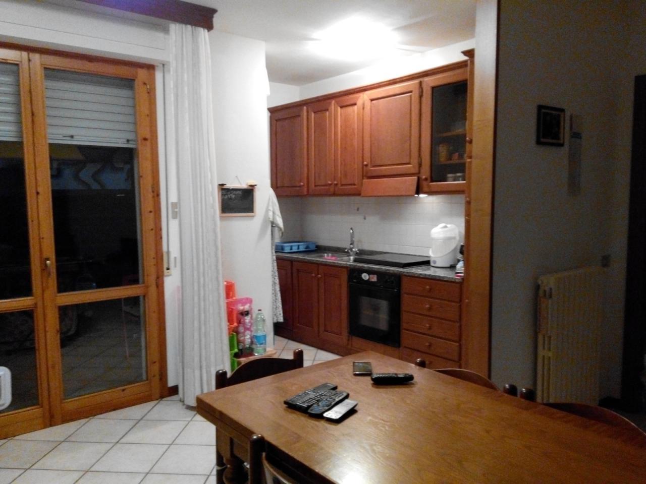 Appartamento in affitto, rif. AC5494