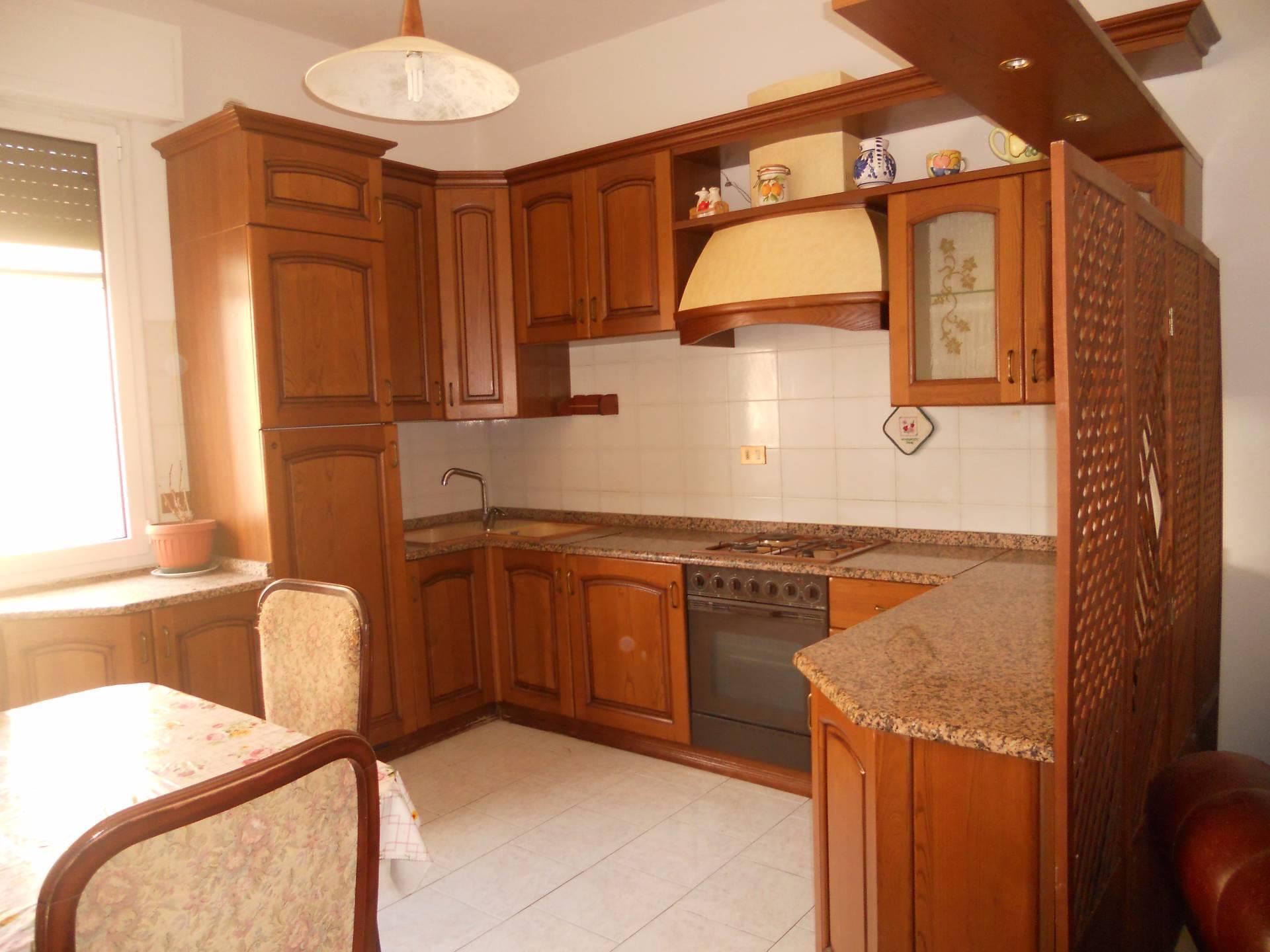 Appartamento in affitto, rif. AC5571