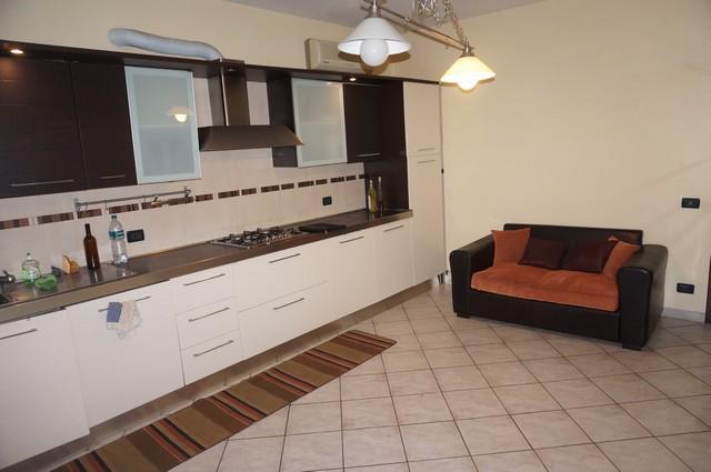 Appartamento in affitto, rif. AC5575 A