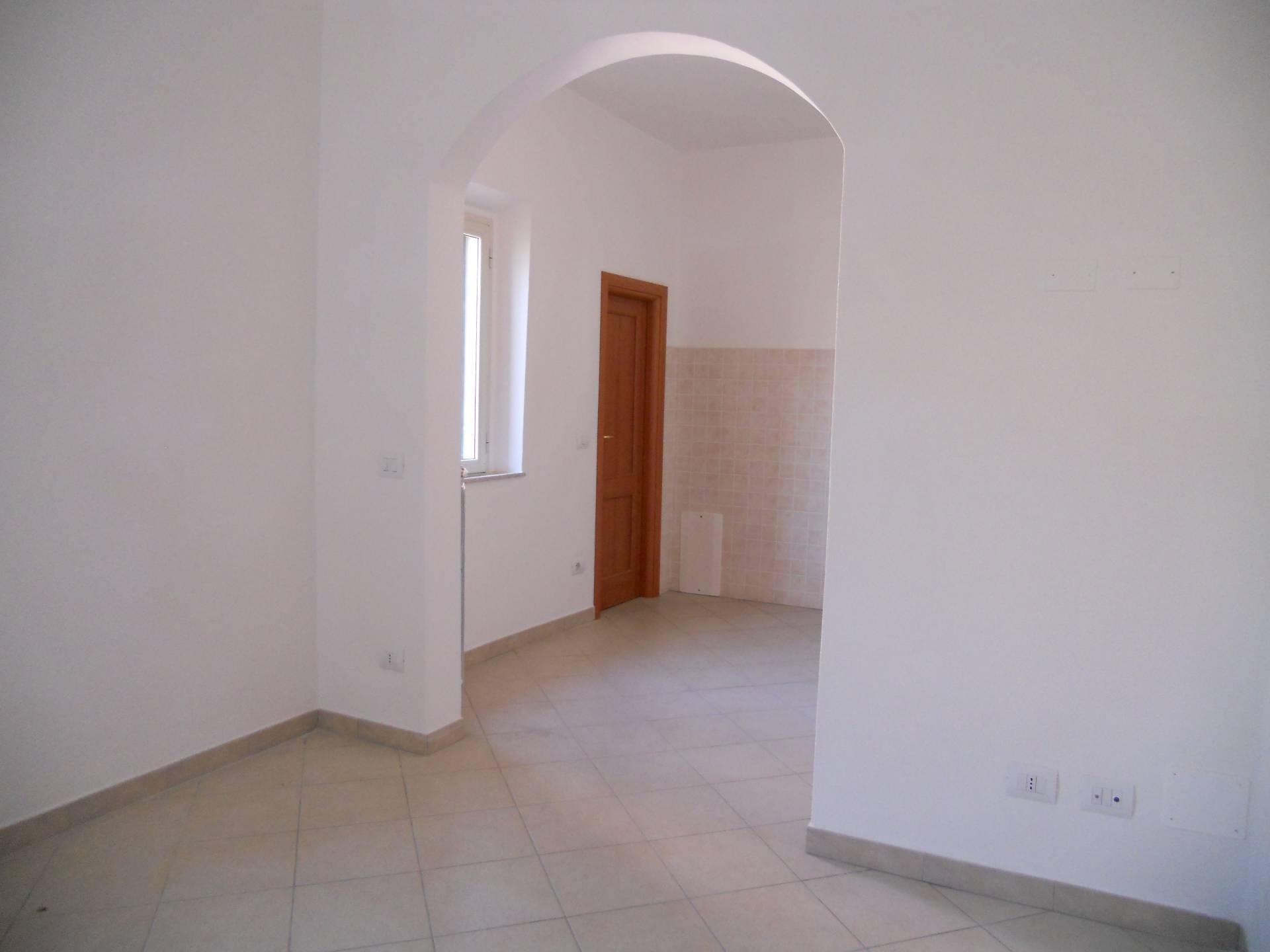 Appartamento in affitto, rif. AC5878