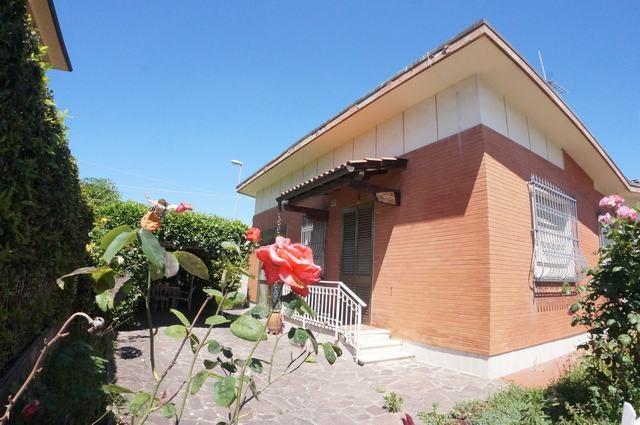 Villa singola in vendita, rif. AC6230
