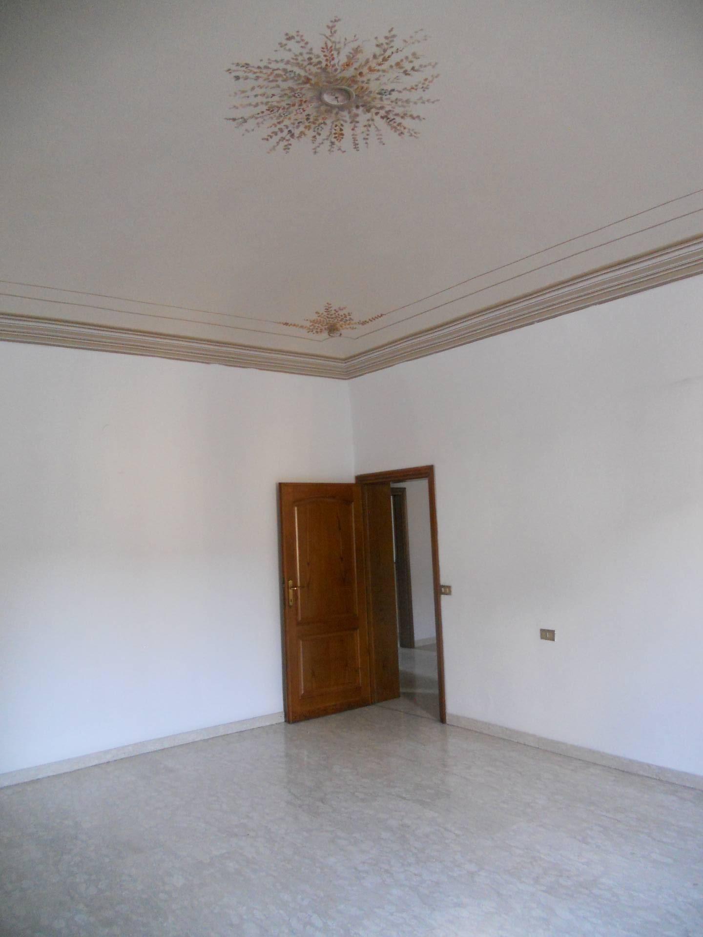 Appartamento in affitto, rif. AC6278