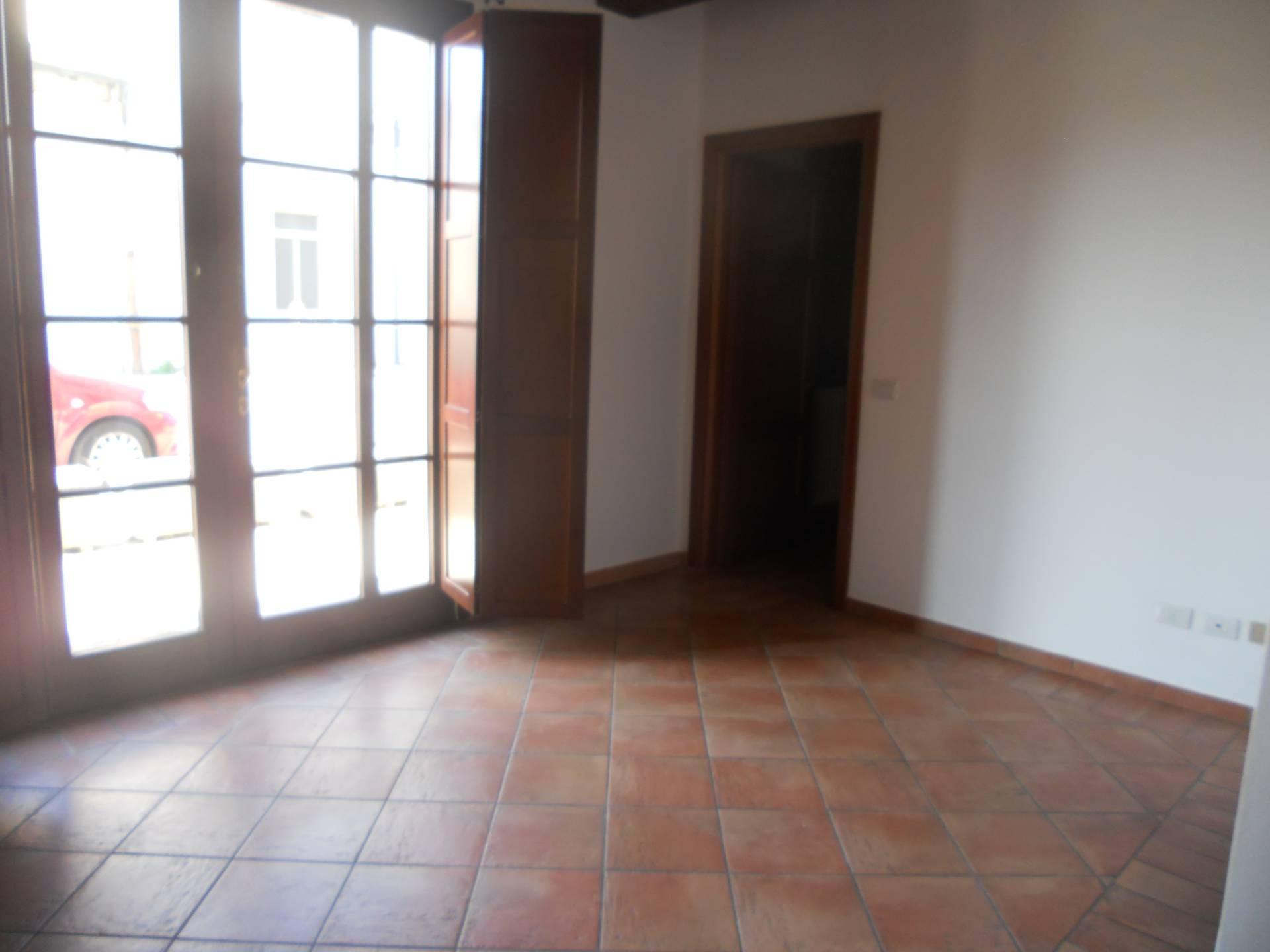 Appartamento in affitto, rif. AC6314