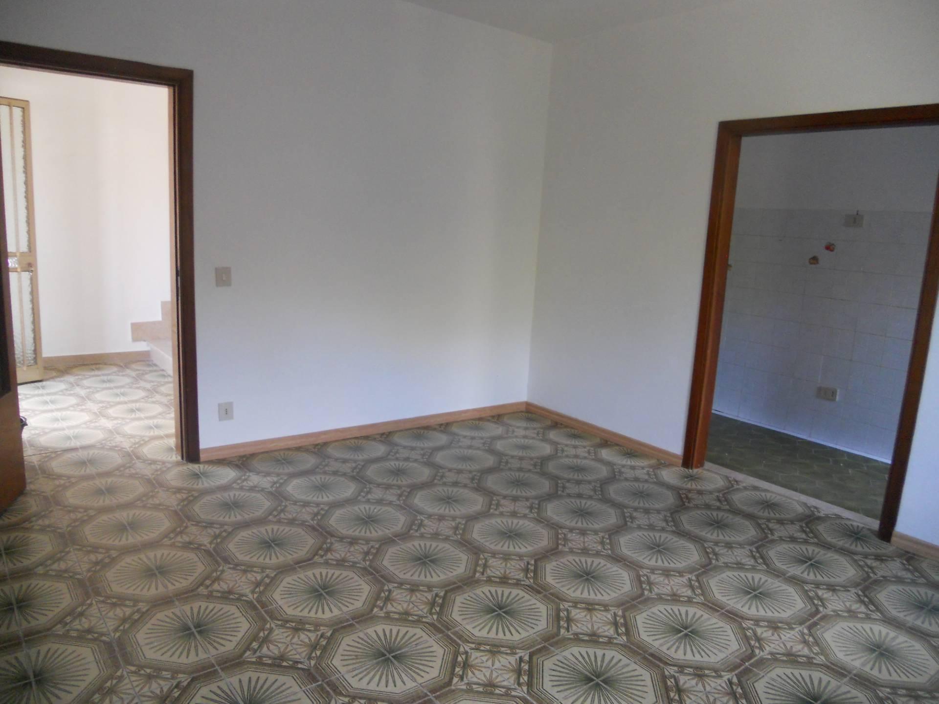 Casa singola in affitto, rif. AC5521