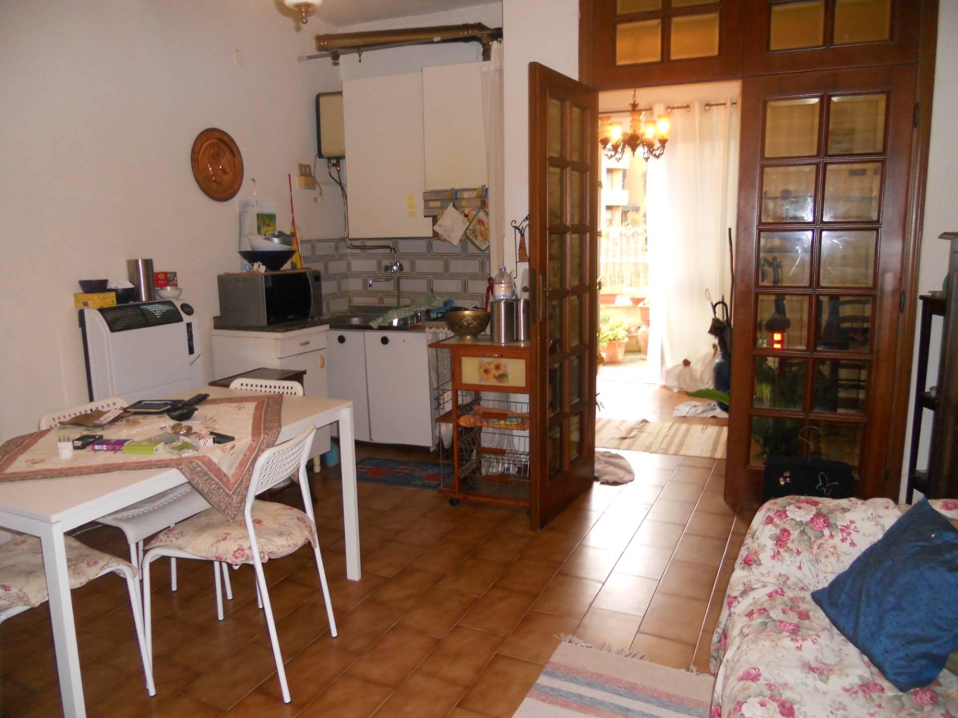 Appartamento in affitto, rif. AC6374