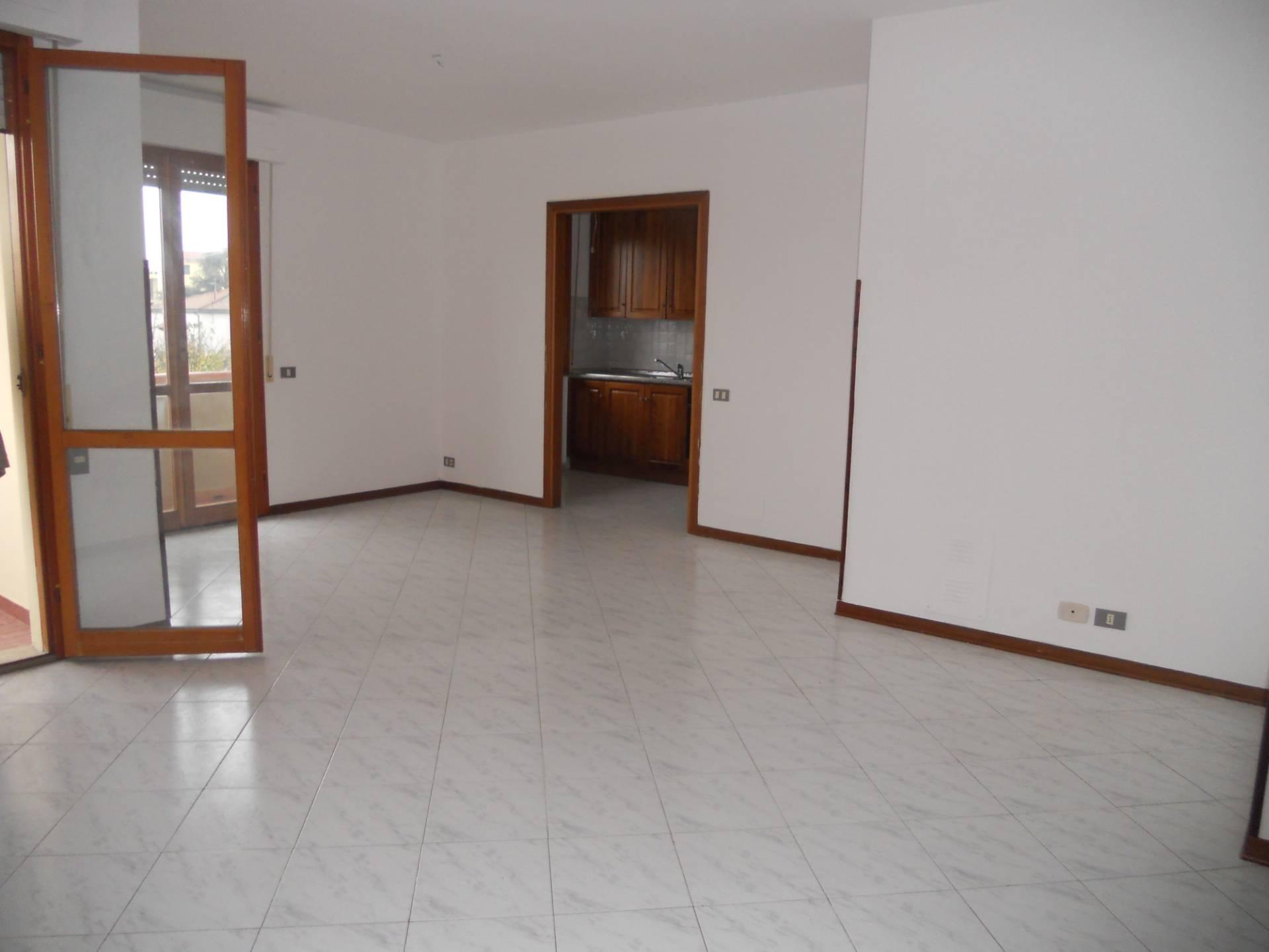 Appartamento in affitto, rif. AC6282